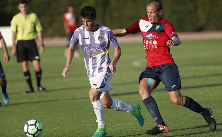Goleada del Real Valladolid ante el Ejido (4-0)
