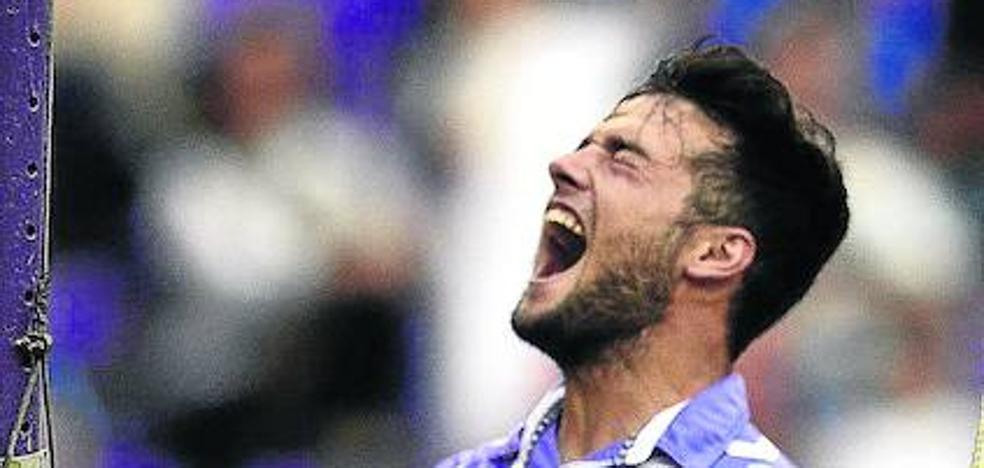 Jose Arnaiz, en el escaparate de ventas del Real Valladolid