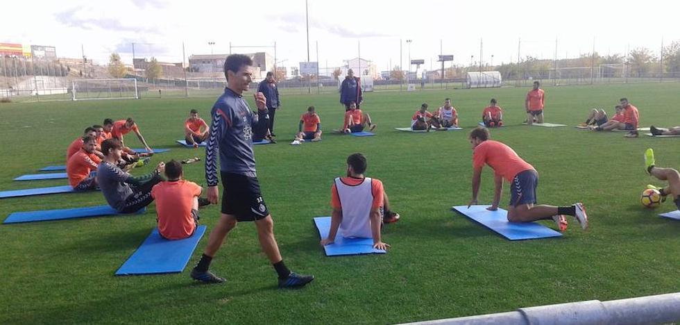 «Recibimos a un Nàstic dañado por las bajas», resume Sampedro
