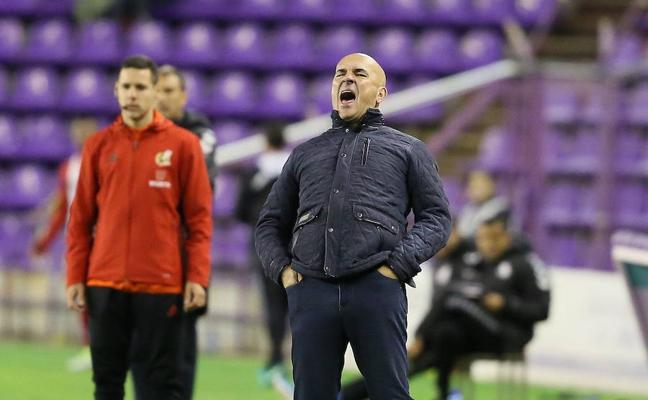 Luis César anuncia cambios en el Real Valladolid ante el Sporting