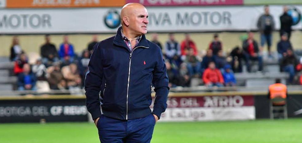 Luis César admite que está en el pelotón de los entrenadores cuestionados