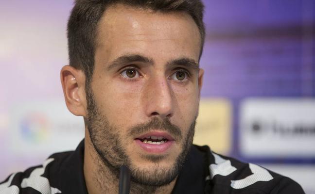 Olivas: «No estamos siendo fiables, pero la idea del entrenador la tenemos clara»