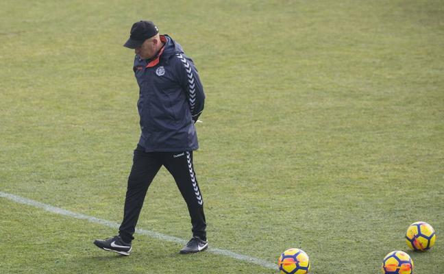 «Habrá modificaciones ante el Lorca, pero no voy a pasar del negro al blanco», afirma Luis César Sampedro