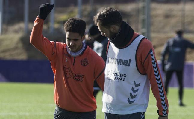 Chris Ramos, novedad en la convocatoria del Real Valladolid para viajar a Barcelona