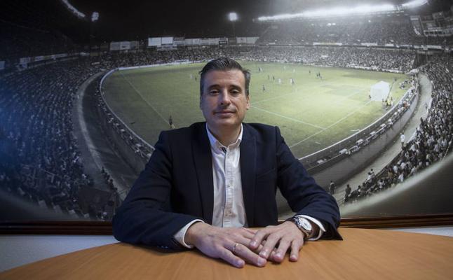 «Luis, a día de hoy, no va a ser cesado» asegura el director deportivo