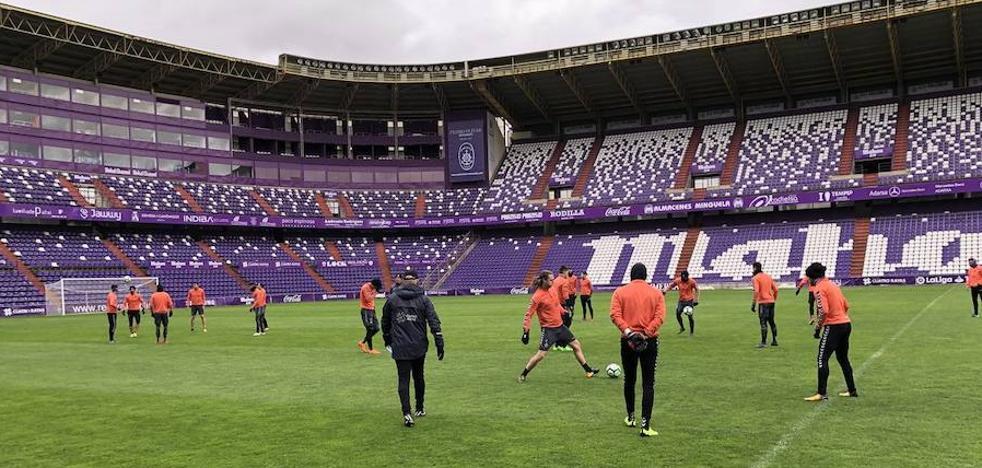 Sampedro se encierra en el estadio para preparar el partido del Rayo