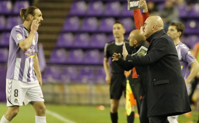 Borja reconoce que los problemas extradeportivos afectaron al equipo ante el Rayo