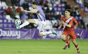 El Real Valladolid remonta para dar vida a Luis César (2 - 1)