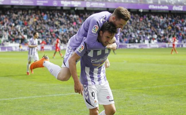 Las mejores fotos del partido Real Valladolid - Almería