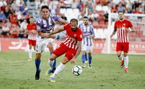 Luis César recupera a los extremos para jugar ante el Almería