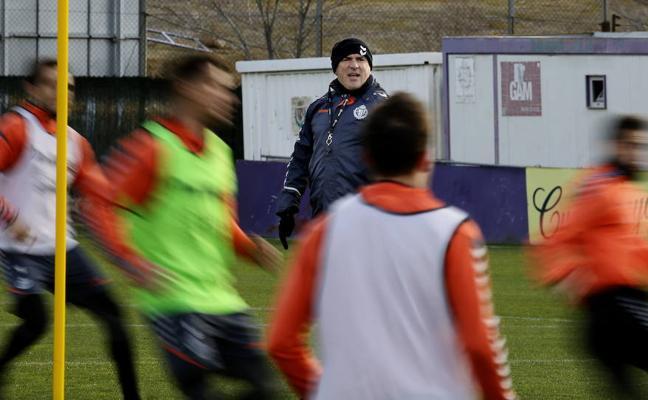 Sampedro se lleva a veinte futbolistas para el Lugo-Real Valladolid
