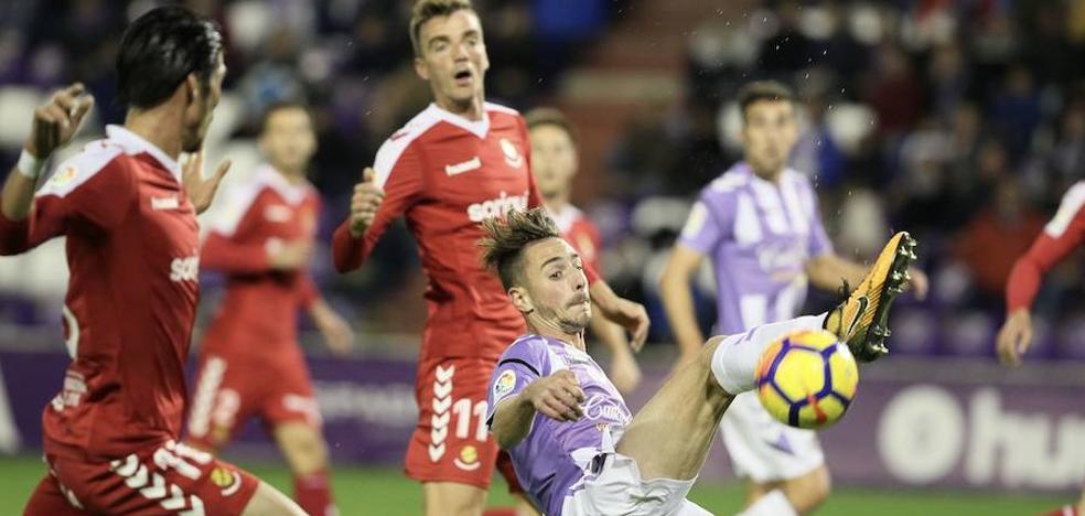 Un rival que gana poco en casa (Nàstic) para un equipo que no vence fuera (Real Valladolid)