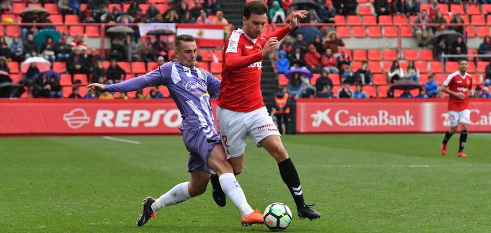 El futbolista del Real Valladolid, Javi Ontiveros, estará dos semanas de baja