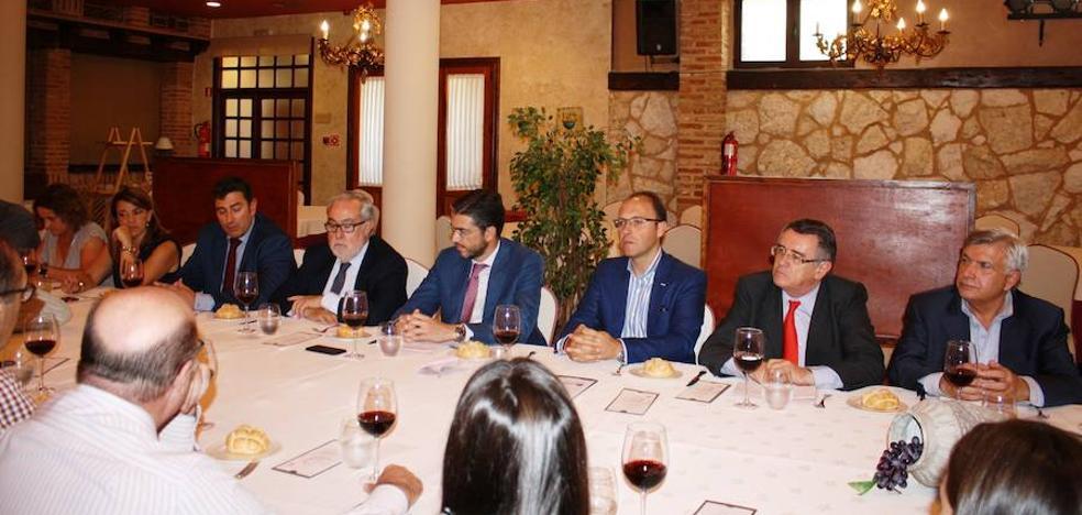 Los Hoteleros concluyen en Arroyo la urgencia de la internacionalización de Villanubla
