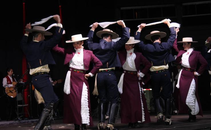X Festival Internacional de Folklore de Arroyo de la Encomienda