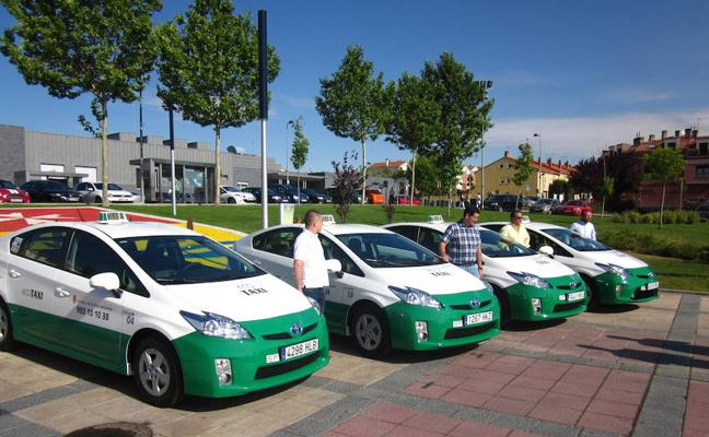 Arroyo aprueba la adhesión de sus taxis a los de la capital