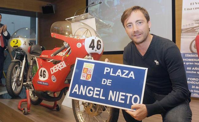 Seat 600 y Ángel Nieto, homenaje en dos y cuatro ruedas