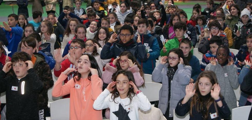 Escolares de los colegios de Arroyo celebran el Día de la Paz