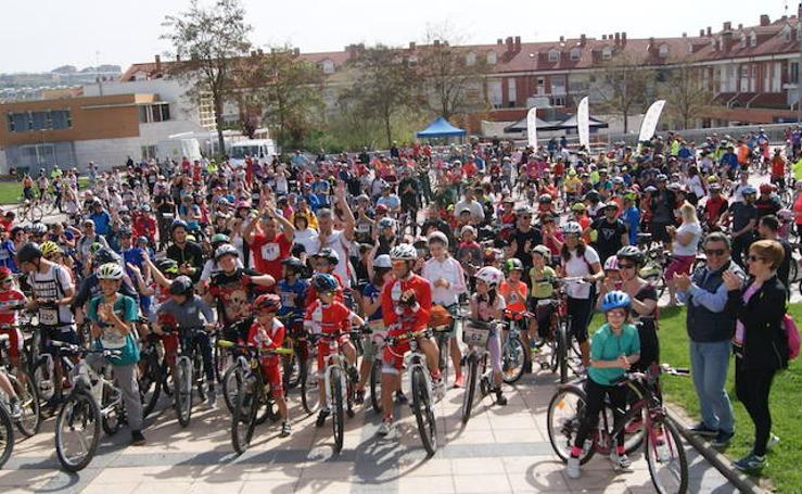 XII Día de la Bici en Arroyo (1/3)