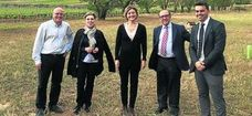 La ministra de Agricultura visita Pago de Carraovejas
