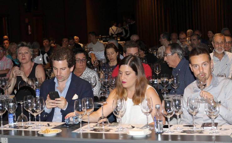 Vinos de Emina en el Club de Catas de El Norte de Castilla