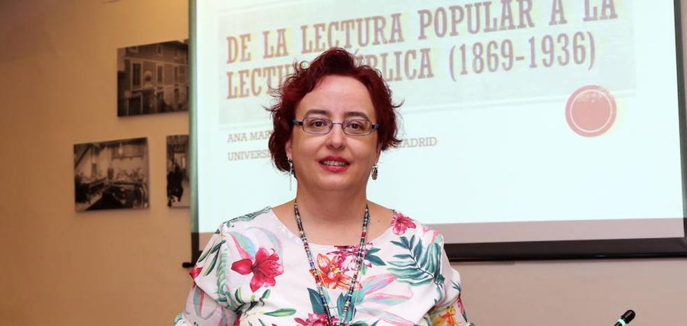 Ana Martínez: «En el franquismo se quemaron muchos fondos»