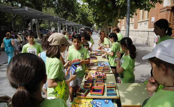El colegio Modesto Lafuente sale a la calle por Honduras