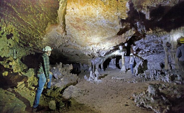 Visita a la Cueva Peluda