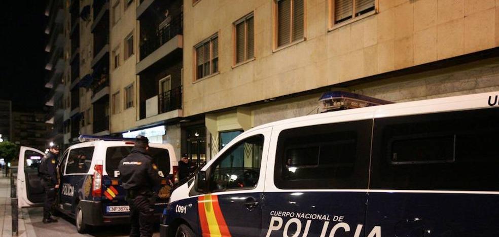 Un estudiante extranjero intenta sobornar a los policías con diez euros