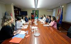 La Junta impulsa las políticas de apoyo a los autónomos para complementar las del Estado