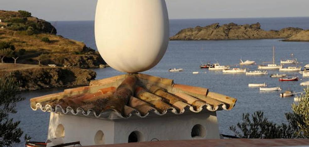 Un nuevo documental desvela la vida y obra de Dalí en su casa de Portlligat