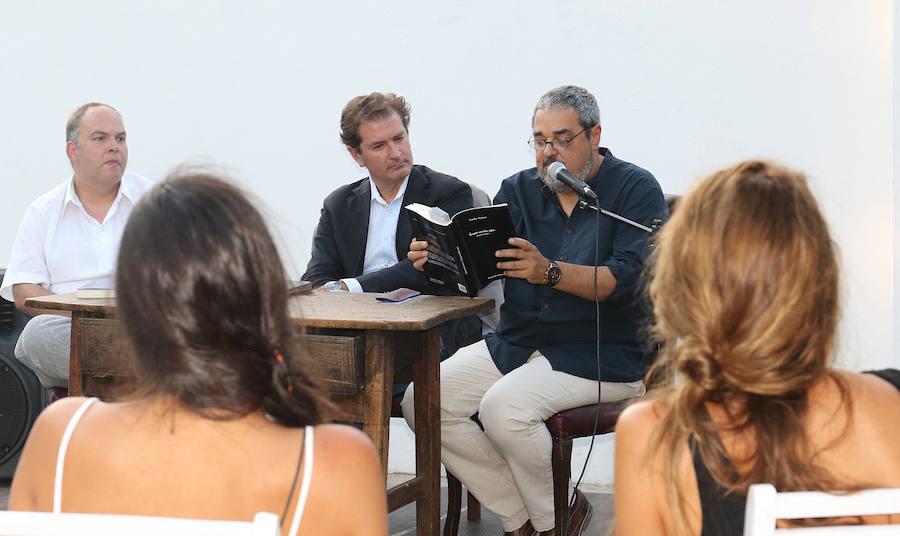 Carlos Aganzo presenta su libro