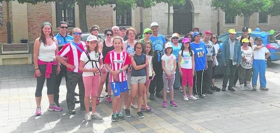 Sesenta carrioneses acompañan a Manos Unidas en su marcha solidaria