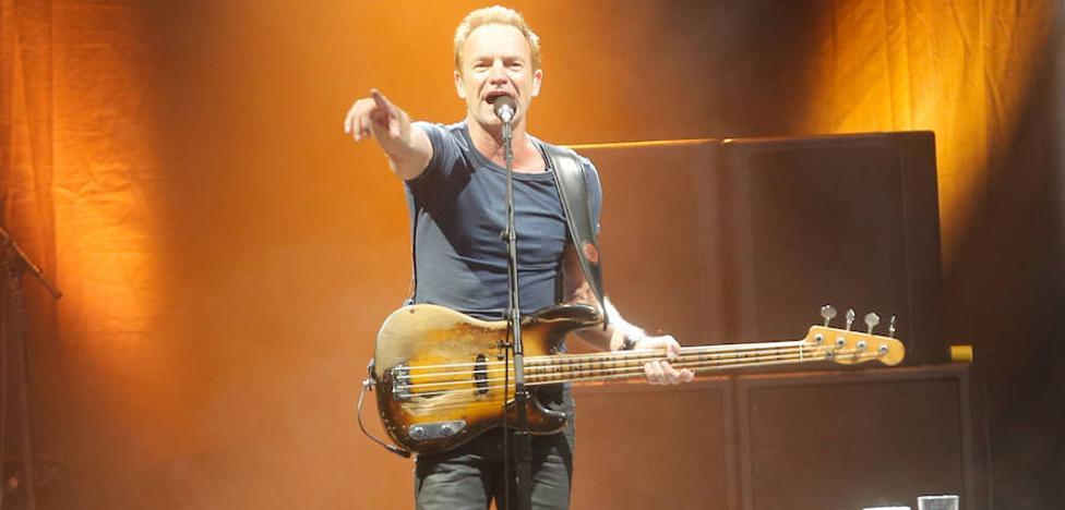 Sting dona el 'Nobel' de la música a una organización de refugiados