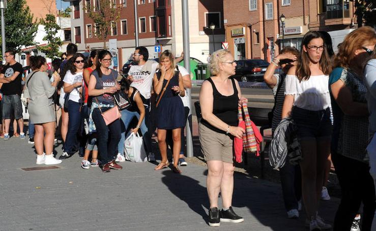 Luis Fonsi congrega a cientos de fans en Laguna de Duero