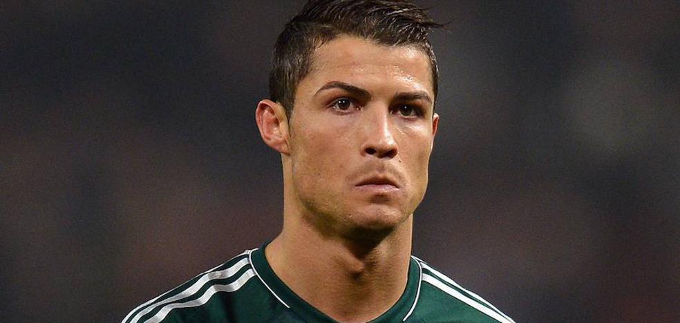 Hacienda hace una inspección rutinaria al yate alquilado por Cristiano Ronaldo