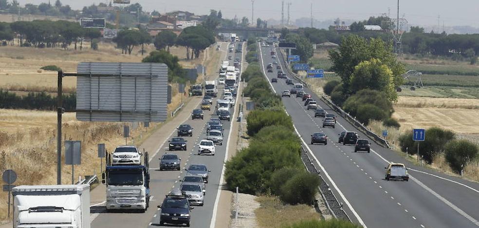 Fomento agiliza el tercer carril de la A-62 entre Tordesillas y Simancas