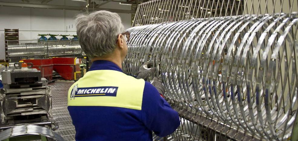 Un herido al quedar atrapado en una máquina de Michelin en Aranda de Duero