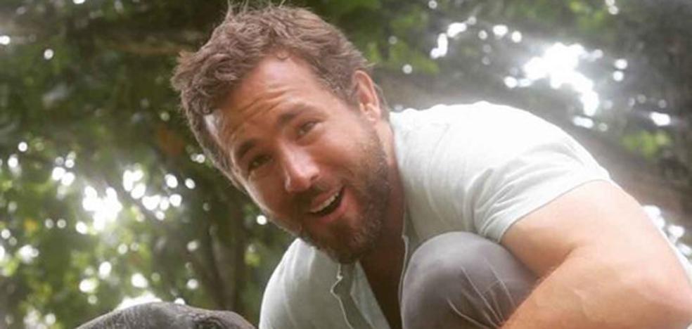 Ryan Reynolds muestra su cara más solidaria