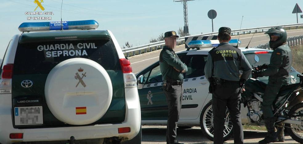Investigan a dos personas por un delito de incendio forestal en Zamora