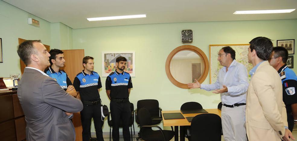 La Policía Local rejuvenece su plantilla con tres nuevos agentes
