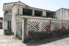 El derribo del viejo matadero de Cuéllar eliminará un foco de suciedad cercano a viviendas