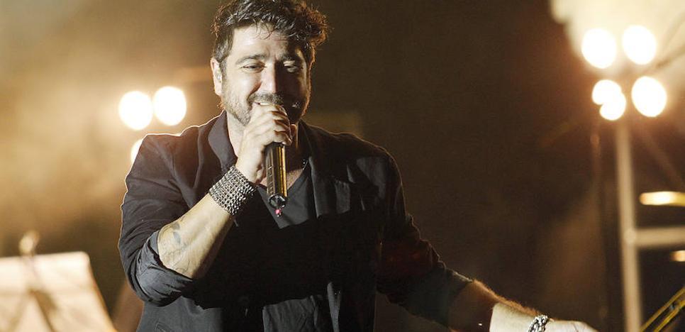 Antonio Orozco: «Agarraos fuerte porque vamos llenitos de sorpresas al concierto»