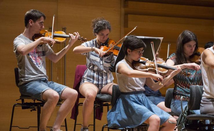 Jóvenes músicos de Portugal, Andorra y España participan en el Proyecto Ibérico Orquestal de la OSCyL