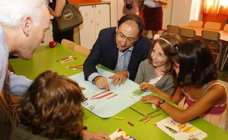 El alcalde de Palencia visita a los escolares del programa 'Conciliamos'