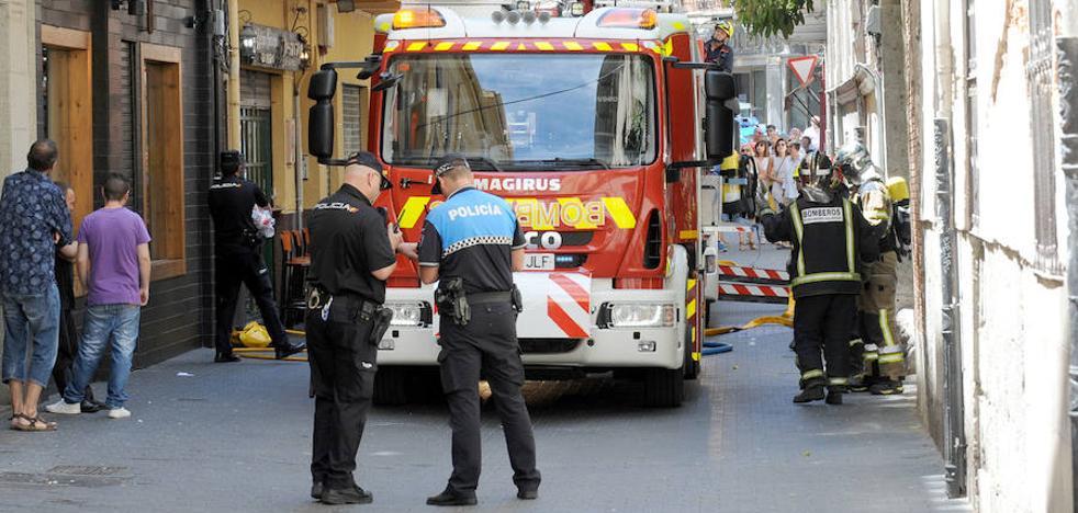 Los Bomberos de Valladolid intervienen tras un incendio en El Antiguo Puchero