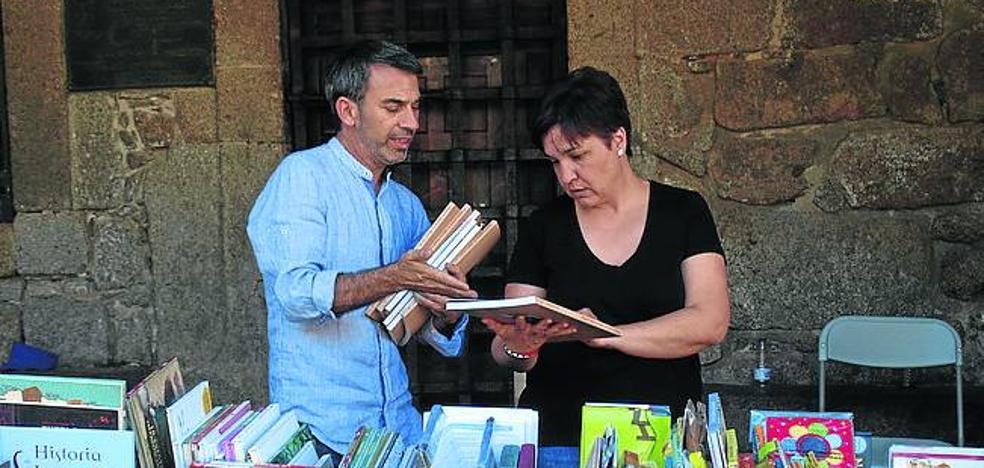 El municipio se llena de cultura con la segunda edición de su Feria del Libro