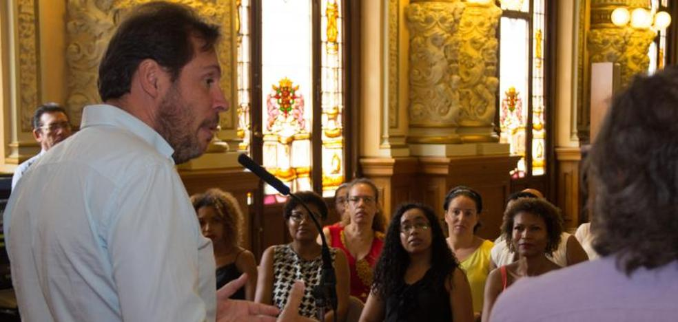 El PSOE y Podemos piden la comparecencia de Rajoy en el Congreso porque «mintió»