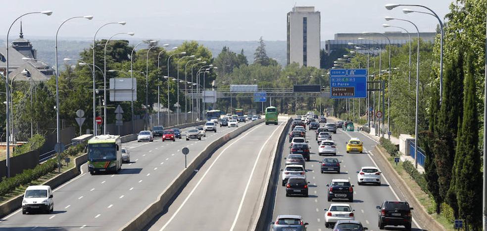 Diez muertos en las carreteras el fin de semana, cinco motoristas