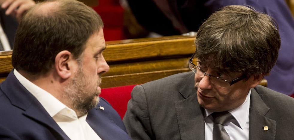 El Constitucional suspende por unanimidad la reforma para la aprobación exprés del referéndum del 1 de octubre